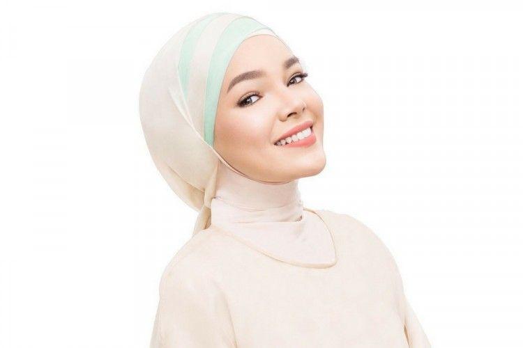 Cek Yuk! 4 Pilihan Lipstik Lokal Halal dan Tahan Lama