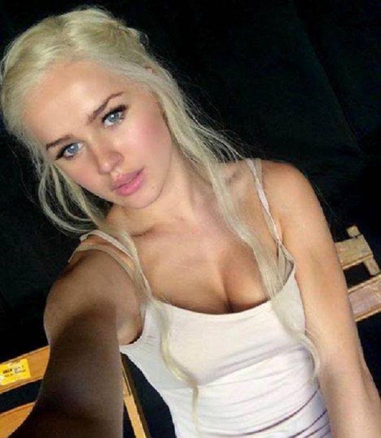 Pemeran Pengganti Ini Jadi Saingannya Emilia Clark dalam Serial Game of Thrones!