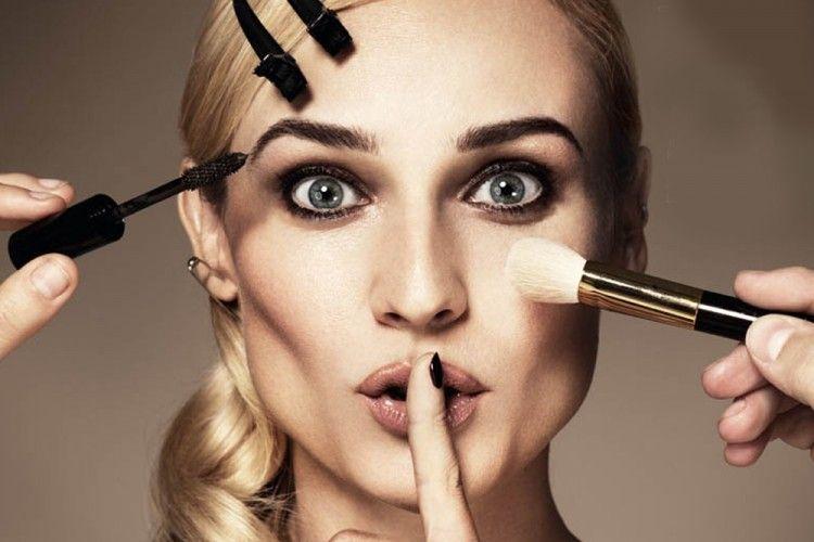 7 Kesalahan Makeup yang Bisa Menyebabkan Jerawat