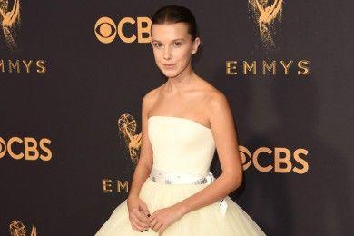 Ini 9 Busana yang Mencuri Perhatian di Emmy Awards 2017