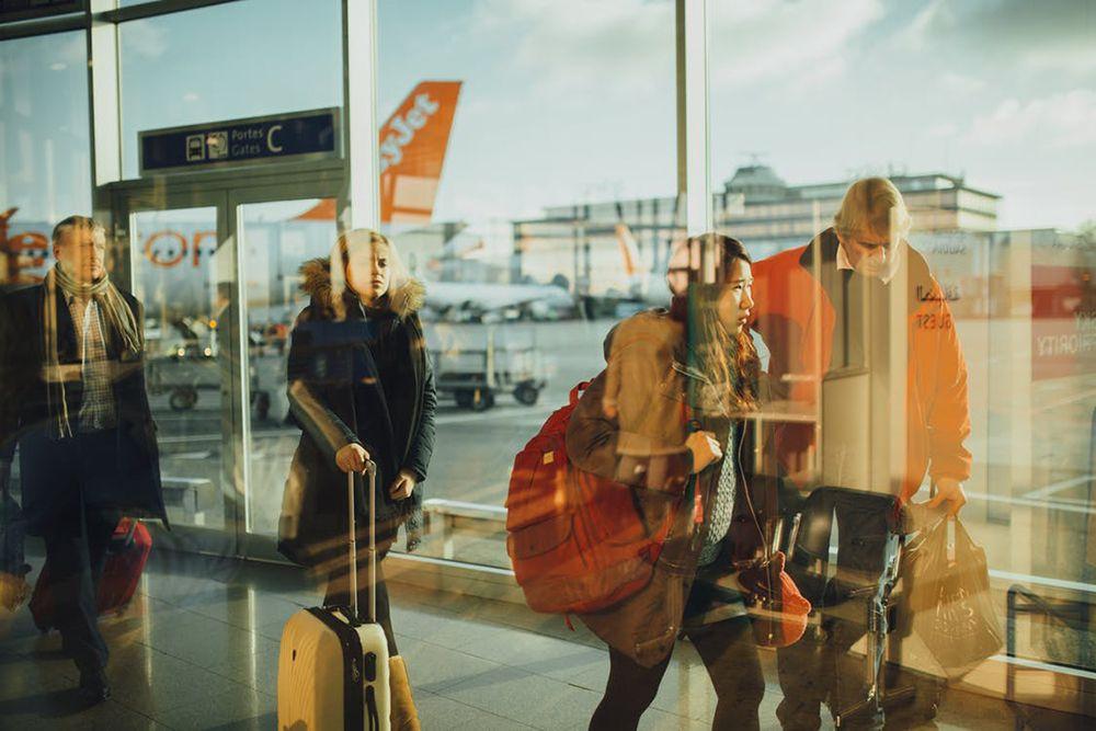 Jangan Panik! Lakukan 5 Hal Ini Saat Penerbanganmu Dibatalkan