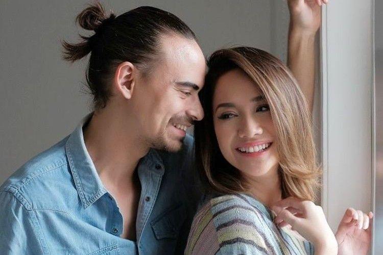Langgeng, 5 Pasangan Artis ini Ungkap Rahasia Pernikahannya