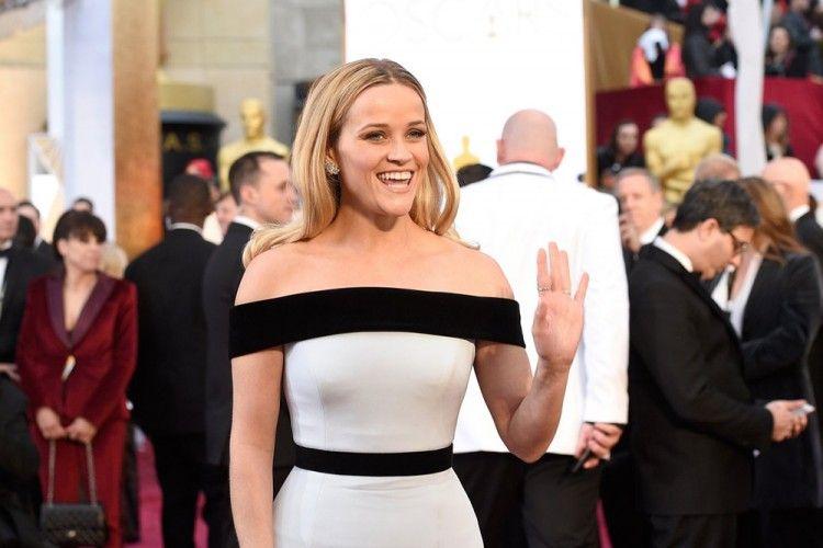 Reese Witherspoon Membagikan Tips untuk Wanita yang Penuh Ambisi