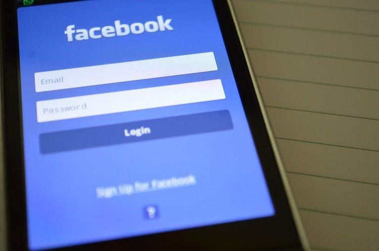 7 Aplikasi dan Media Sosial Ini Dilarang di Tiongkok, Kira-Kira Kenapa Ya?