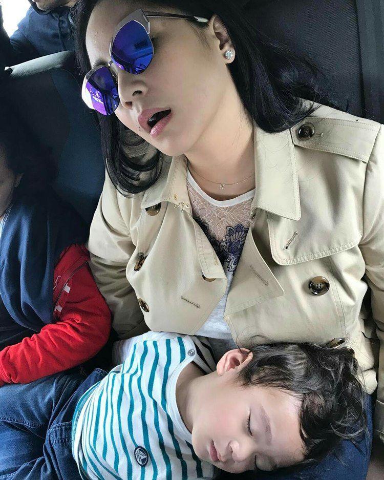 7 Foto Nagita Slavina dan Raffi Ahmad yang Bikin Netizen Gagal Fokus