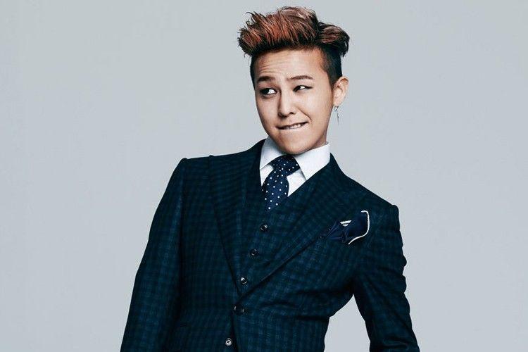 Kenakan Busana Perempuan, G-Dragon Malah Dapat Pujian