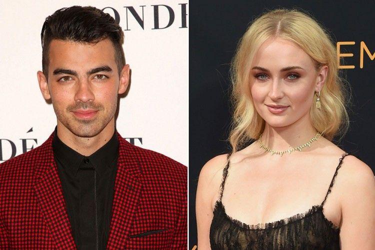 Pamer Cincin, Joe Jonas Resmi Tunangan dengan Aktris Game of Thrones Ini