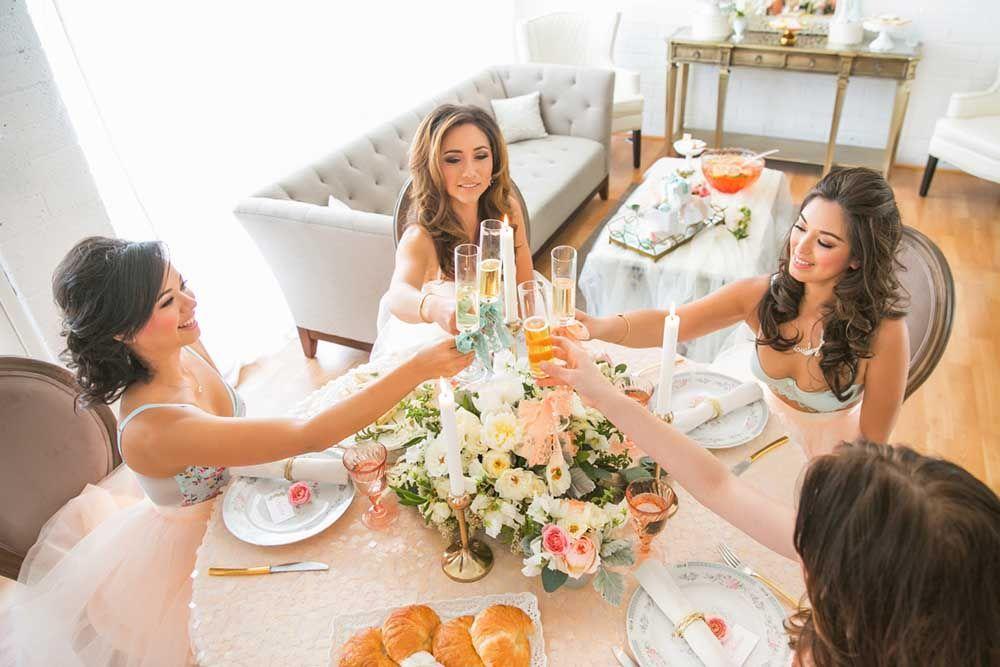 menyiapkan satu momen untuk calon pengantin