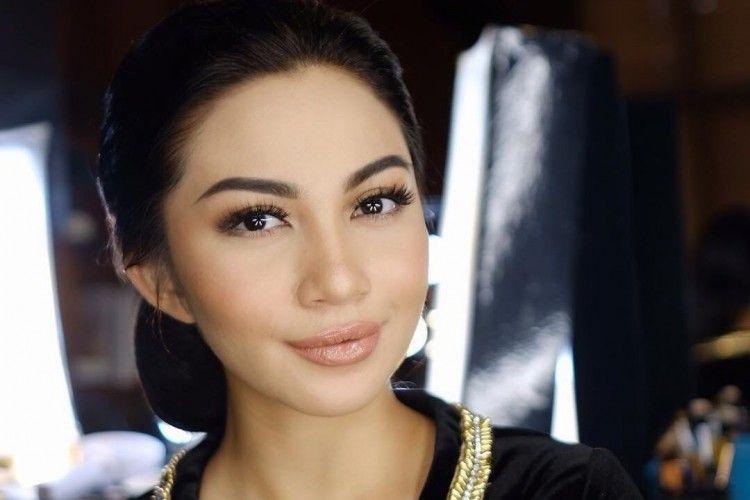 Cantik dengan Sanggul, Tiru Gaya Rambut 7 Seleb Ini untuk Acara Wisuda