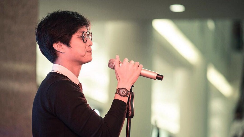 Penyanyi atau Aktor, Dikta Pilih yang Mana?