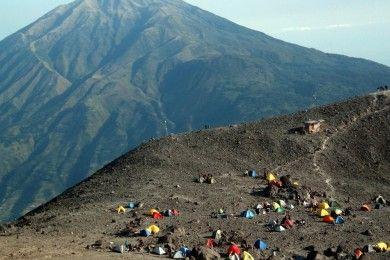 Ini Lokasi Wisata Mistis di Indonesia, Berani Coba?
