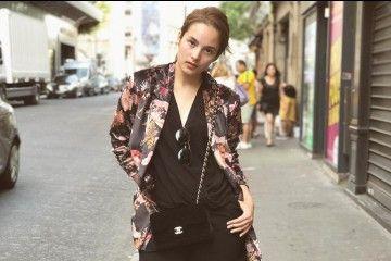 #PopbelaOOTD: Tambah Statement dengan Jaket Floral