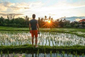 Ternyata Pemandangan yang Seperti Ini Justru Bikin Bule Betah Tinggal di Bali