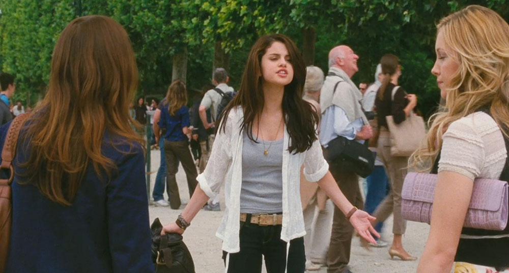 Jatuh Cinta Buat Kamu Kehilangan Teman? Ini Penjelasannya