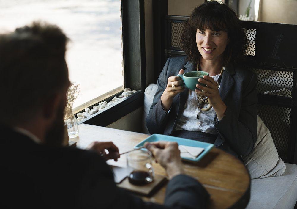 4 Cara Mengatasi Sikap Atasan yang Nggak Adil