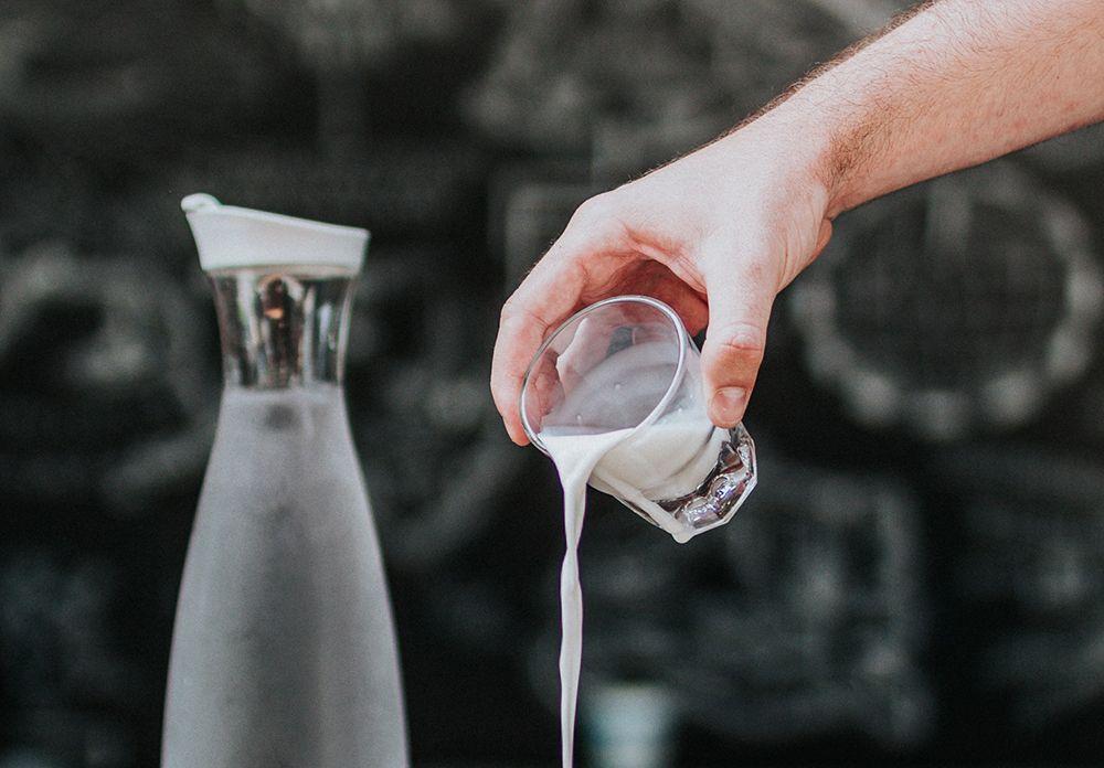 Resep Mudah Bikin Es Kopi Susu Kekinian di Rumah