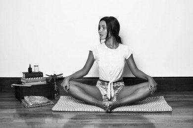 Ha Butuh 5 Menit 7 Pose Yoga Ini Buat Seks Lebih Berkualitas