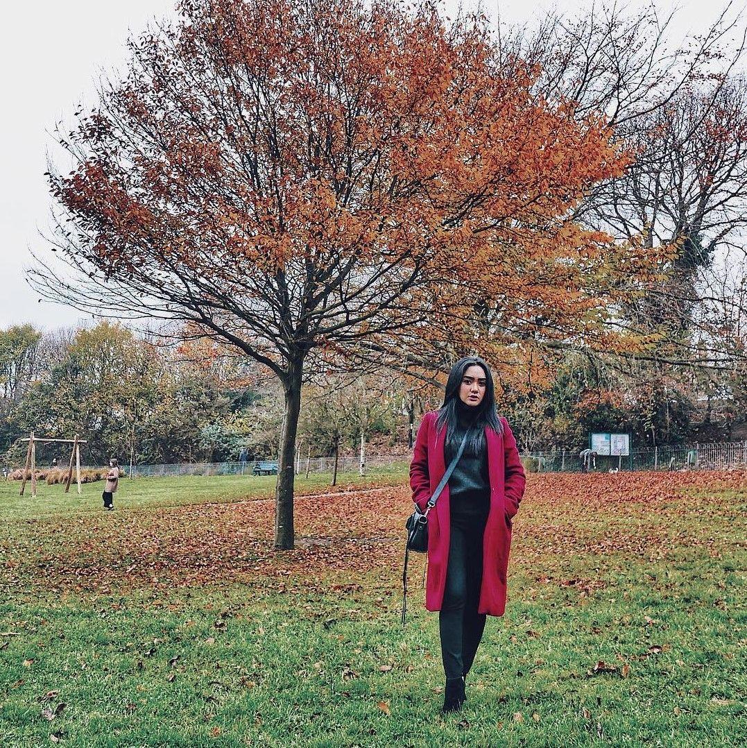 Coat Jadi Outfit Andalan Cita Citata Saat Berlibur Ke London