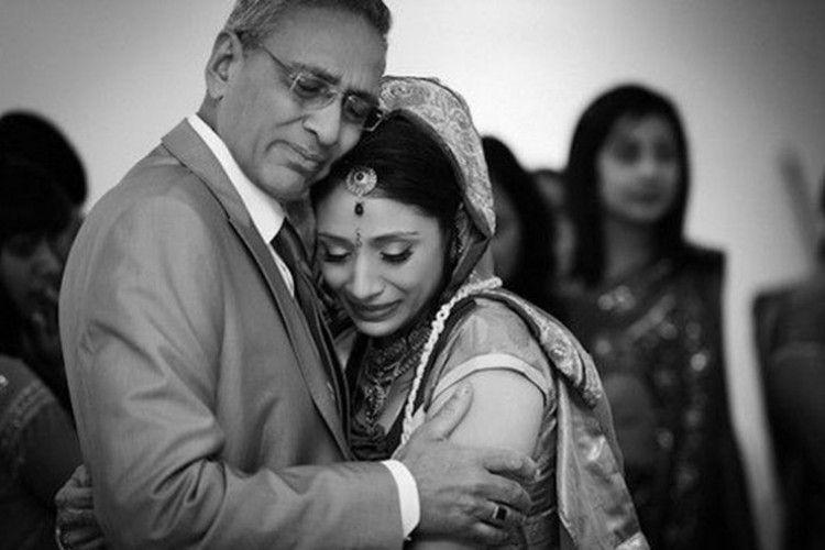 Bikin Terharu, Ini 12 Ekspresi Ayah di Hari Pernikahan Putrinya