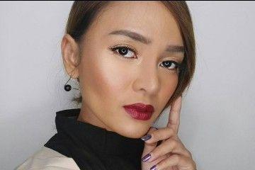 Intip Inspirasi Makeup di Hari Natal dari Vlogger Indonesia Ini!