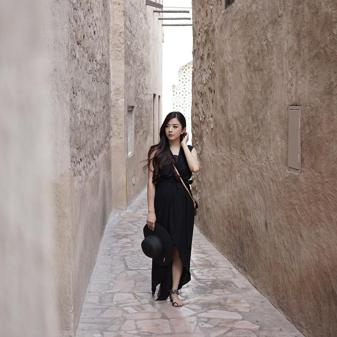 5 OOTD Feminin dan Chic dari Franda yang Bikin Jatuh Hati