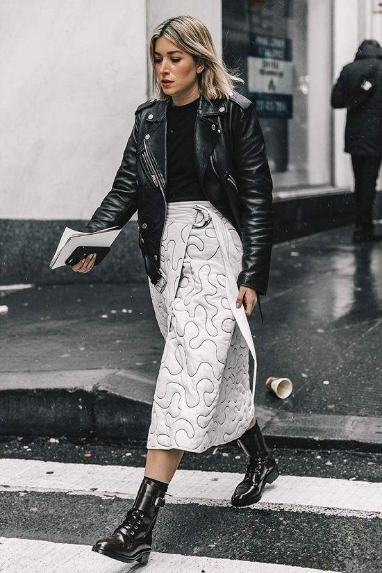 Buat Gayamu Makin Keren Saat Tahun Baru Dengan Leather Outfit!