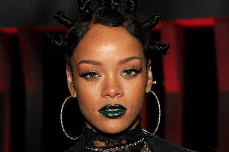 Ini 5 Warna Lipstik yang akan Jadi Tren di 2018