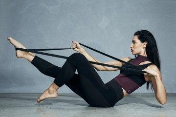 7 Trik yang Perlu Kamu Perhatikan Sebelum Melakukan Yoga Di Rumah