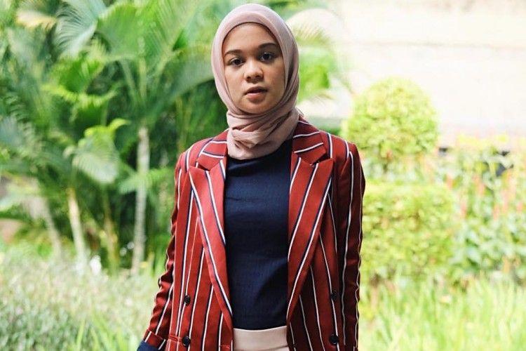 Gaya Hijab Tantri Namirah yang Bisa Jadi Inspirasi ke Kantor