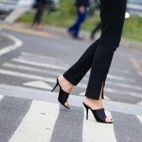 #PopbelaOOTD: Biar Semangat Datang ke Kantor, Yuk Pakai Sepatu Baru Ini
