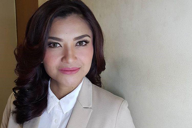 Nggak Cuma Memesona, 5 Jurnalis Perempuan Ini Juga Berprestasi