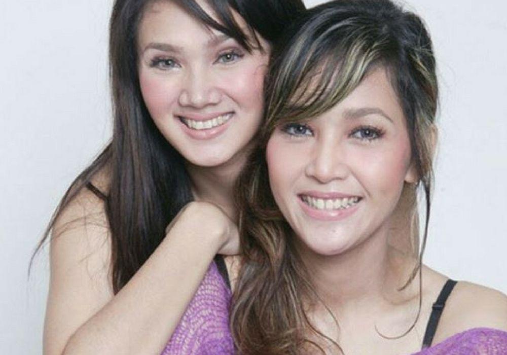 Lagu Hits Duo Ratu yang Masih Hits Hingga Sekarang