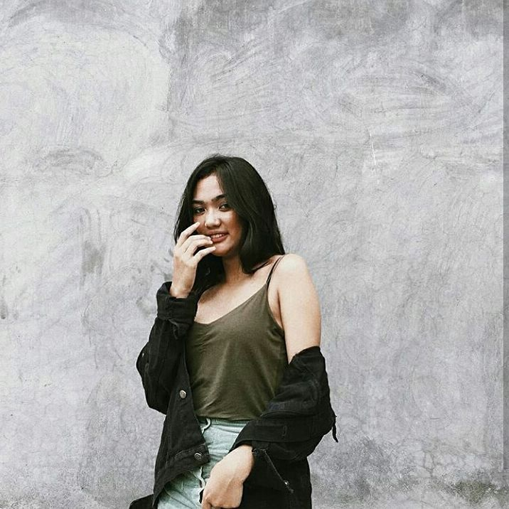 Begini Gaya Seksi Marion Jola, Kontestan Indonesian Idol 2018