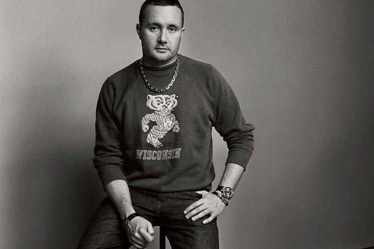 Kim Jones Resmi Tinggalkan Louis Vuitton