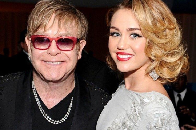 Miley Cyrus dan Elton John Tampil Bersama di Grammy Awards 2018