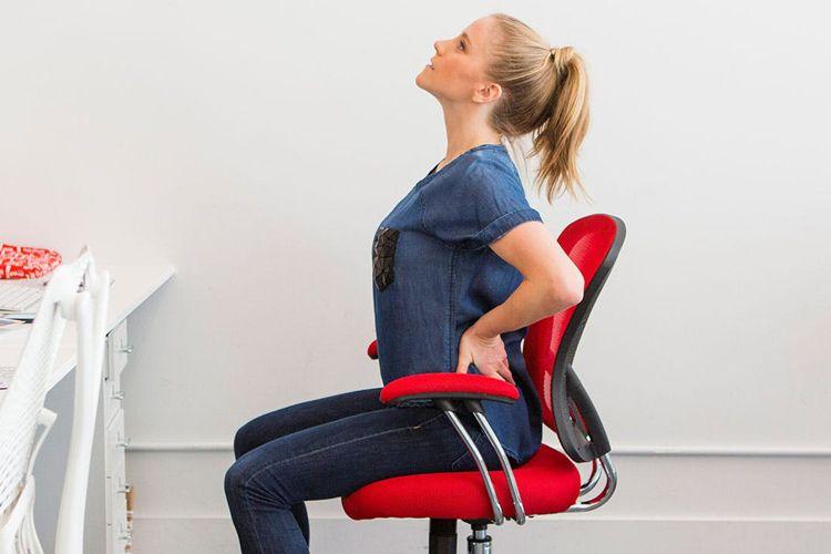 7 Gerakan Ampuh Penghilang Lelah di Kantor