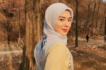 7 Pesona yang Bikin Cowok Nge-fans Berat Sama Ayana Moon