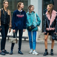 Saat Telat ke Kampus, 5 Fashion Items Ini Bisa Jadi Pilihanmu