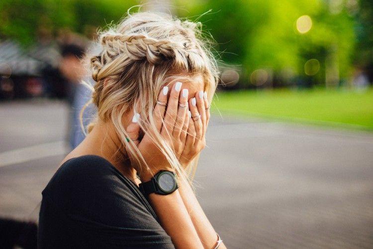 7 Gejala Depresi yang Sering Tak Disadari. Lebih Peka dan Selamatkan Hidup Orang Lain Ya!