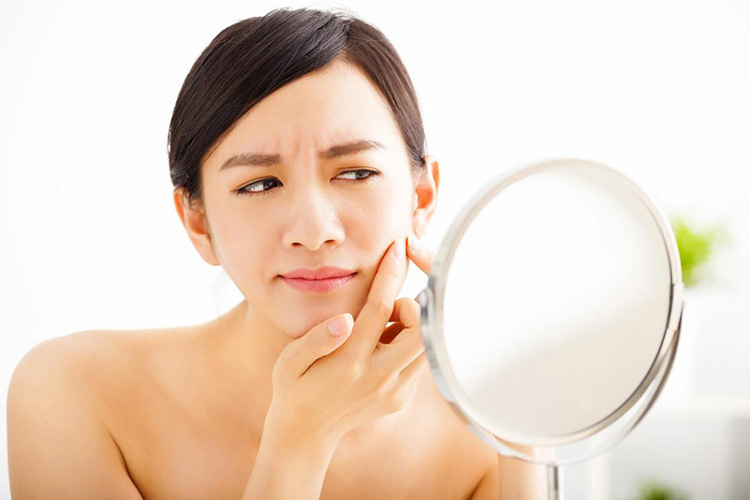 Ini yang akan Terjadi Ketika Kamu Tidur Menggunakan Makeup