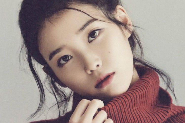 Masih Muda Banget, Ini Alasan Kenapa IU Disegani di Korea Selatan