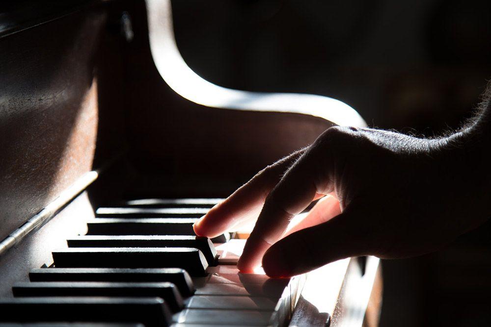 Suka Bermain Piano, Kamu Punya 5 Hal Menguntungkan Ini