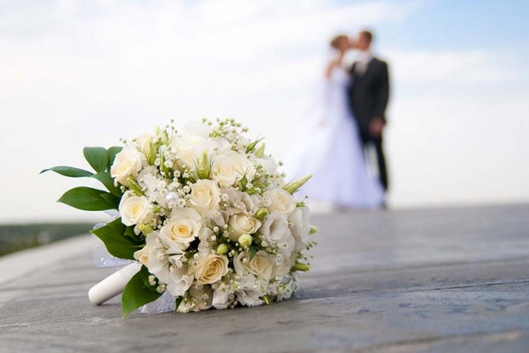 Bukan Hanya Cinta, Ini 7 Alasan yang Dipakai Seseorang untuk Menikah