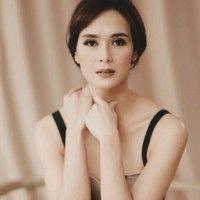 Makeup Anggun dan Simpel a la Renata Kusmanto