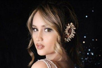 5 Gaya Rambut Cinta Laura yang Bikin Kamu Tampil Lebih Modern