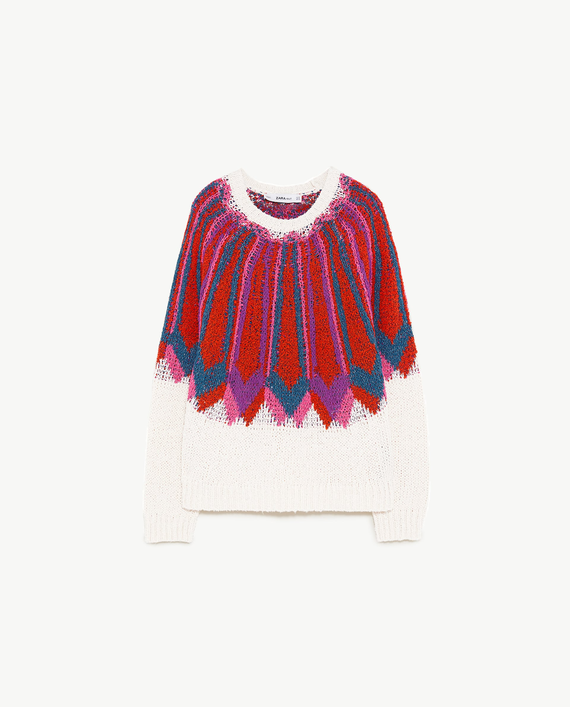 #PopbelaOOTD: Tampil Playful dengan Sweater Musim Panas