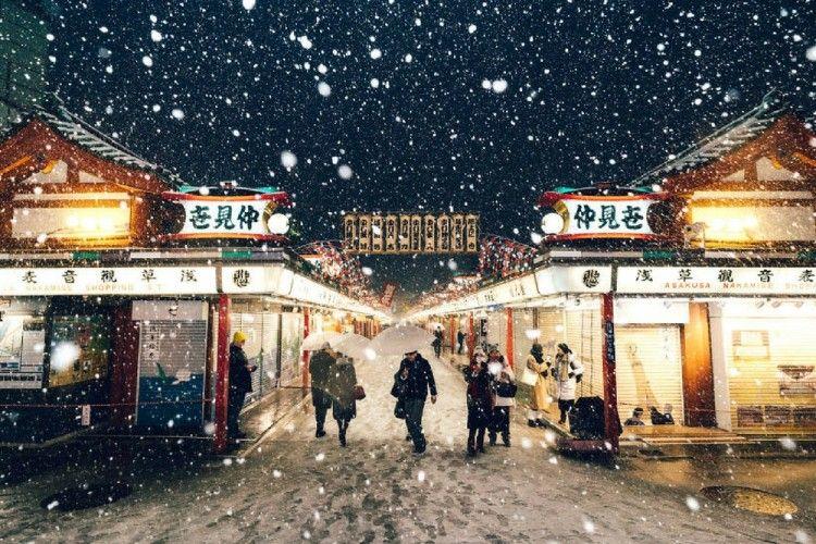 Keindahan Kota Tokyo Saat Musim Salju