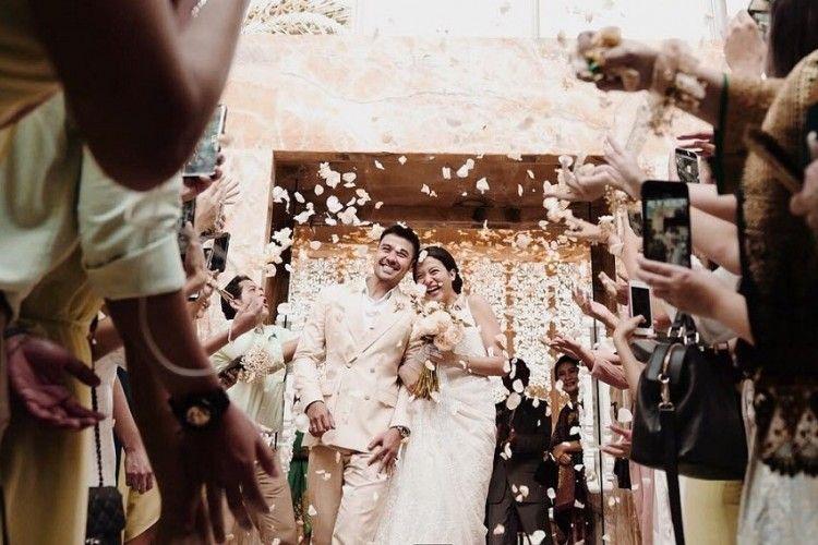 Ini Penampilan Chicco Jerikho dan Putri Marino di Hari Pernikahannya