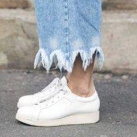 #PopbelaOOTD: Rekomendasi Sneakers Putih untuk Weekend Ini
