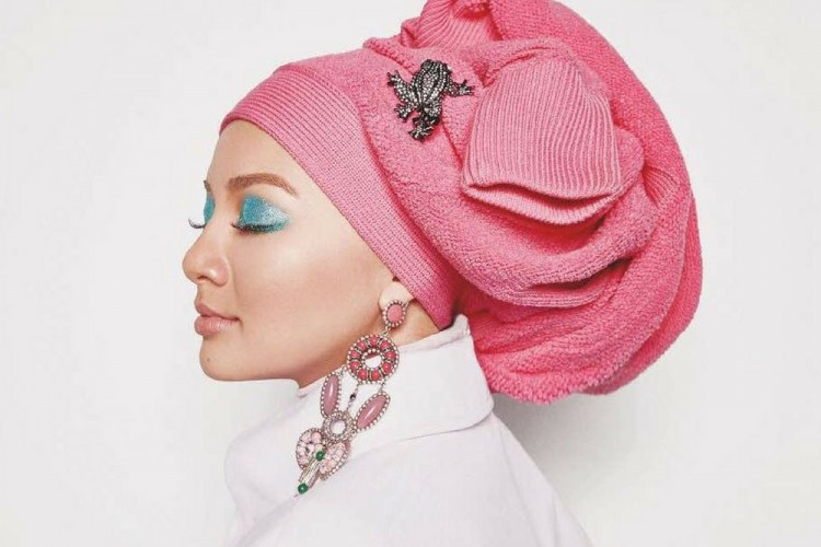 Kosmetik Perancis Ini Pilih Perempuan Berhijab Jadi Brand Partner
